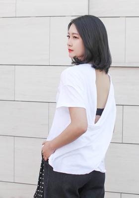 뒷태 반전 루즈핏 티셔츠